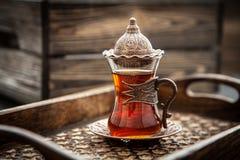在玻璃的土耳其茶 免版税库存图片
