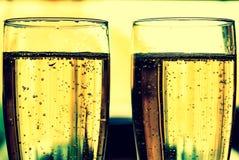 在玻璃的汽酒 免版税库存图片