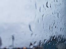 在玻璃3的雨 免版税图库摄影