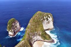 在珀尼达岛海岛上的Kelingking海滩 免版税图库摄影