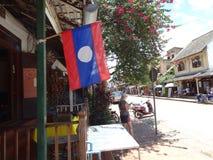 在琅勃拉邦,老挝的街道场面 免版税库存照片
