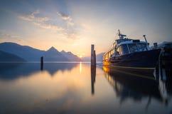 在琉森湖停泊的小船 库存照片