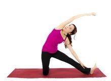 在瑜伽的门姿势 免版税库存照片