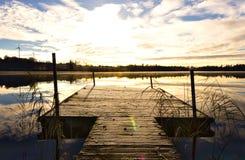 在瑞典湖的日出 免版税图库摄影