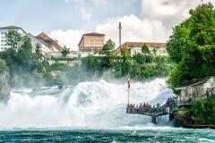 在瑞士人的Rheinfall 免版税库存照片