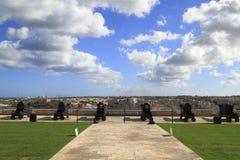 在瓦莱塔,马耳他开枪向Lascaris电池致敬火  图库摄影
