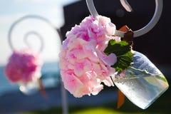 在瓶子的婚礼花 免版税库存图片