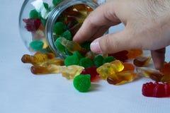 在瓶子的果冻糖果 免版税库存照片