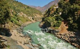 在甘加河和印地安喜马拉雅山的看法 免版税库存照片