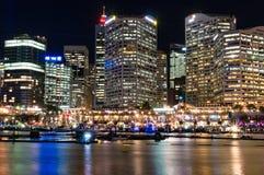 在生动的悉尼光节日期间的达令港 免版税库存照片