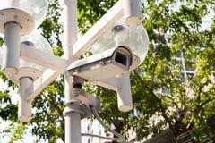 在电杆的闭路的照相机 免版税库存图片