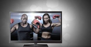 在电视上的拳击战斗机 免版税库存图片