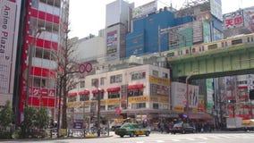 在电镇的街道在秋叶原东京 股票视频
