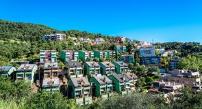 在登上Tibidabo,顶视图的大厦 巴塞罗那西班牙 免版税库存图片