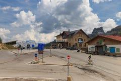 在白云岩的Falzarego通行证,意大利 免版税库存图片