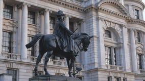 在白厅伦敦的雕象 影视素材