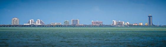 在白天的南padre海岛海岸线在春天 免版税库存照片