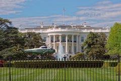 在白宫前面的直升机 库存照片