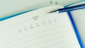 在白皮书的手标志 企业视觉背景的概念用途 库存照片