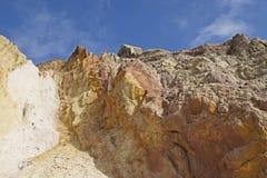 在白矾海湾的峭壁 免版税库存照片