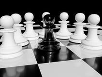 在白色典当围拢的棋枰的一黑棋典当 皇族释放例证
