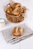 在白色木背景的Ciabatta面包 免版税图库摄影