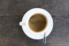 在白色杯子的浓咖啡 免版税图库摄影