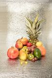 在白色查出的异乎寻常的果子的分类 库存图片