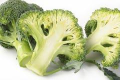 在白色查出的硬花甘蓝蔬菜 免版税图库摄影