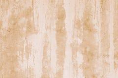 在白色灰泥的浅褐色的混凝土墙 抽象水彩样式 在水彩样式的难看的东西背景 纹理,创造性的d 免版税库存图片
