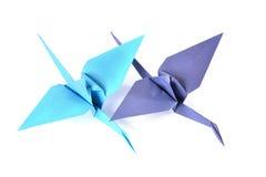 在白色的两台origami起重机 库存图片