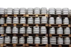 在白色的啤酒小桶 库存图片