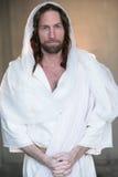 从在白色的坟茔上升的复活节 库存照片