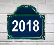 在白色的巴黎街道板材写的2018年 库存照片