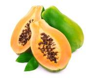在白色的成熟番木瓜 图库摄影