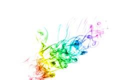 在白色的抽象多彩多姿的烟 免版税库存图片