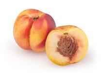 在白色的油桃 免版税库存图片