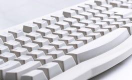 在白色的计算机键盘 免版税库存图片