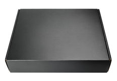 在白色的闭合的空白的黑纸盒箱子 免版税库存图片