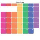 在白色的2018年8月计划者大笔记空间颜色周日 库存照片