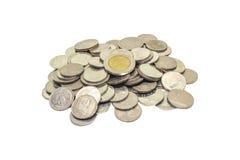 在白色硬币查出的组 免版税库存照片