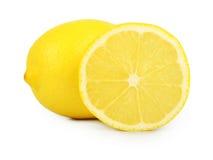 在白色背景柠檬隔绝的切片 免版税库存图片