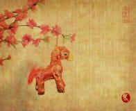 在白色背景的中国马结 免版税库存照片