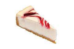 在白色背景的乳酪蛋糕草莓 免版税图库摄影