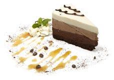 在白色背景的乳酪蛋糕 图库摄影