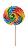 在白色背景的五颜六色的糖果棒棒糖 免版税库存图片