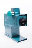 在白色背景的减速火箭的电影放映机 图库摄影