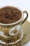 在白色背景的土耳其咖啡 免版税库存图片