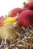 在白色背景的圣诞节玩具 免版税库存图片