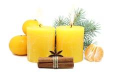 在白色背景的圣诞节蜡烛 库存照片